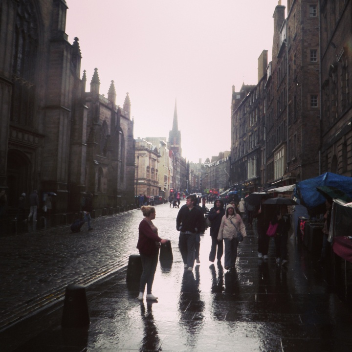 Edinburgh, my most loved city. Beautiful~